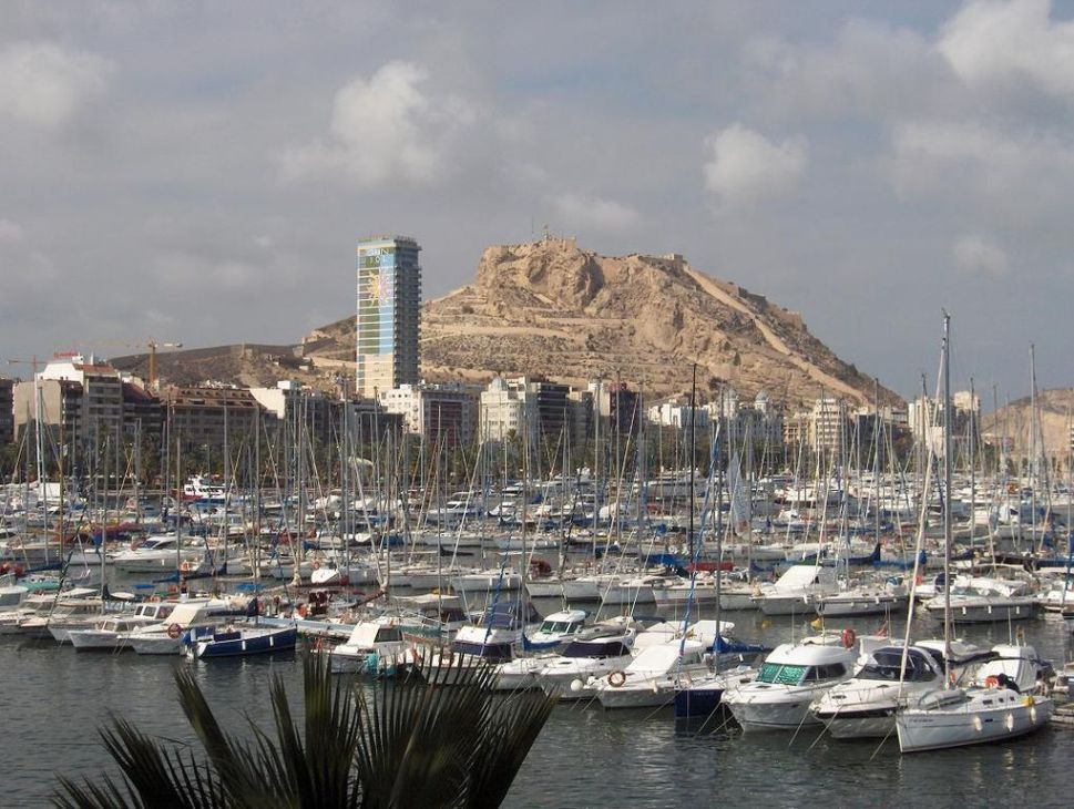 Skyline of the city of Alicante