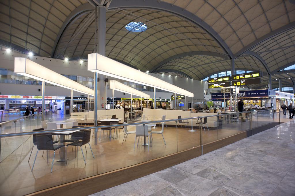 Hertz Car Hire Eindhoven Airport