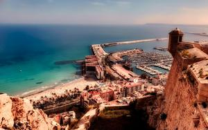 Thumbnail for Budget-Friendly Hotels in Alicante